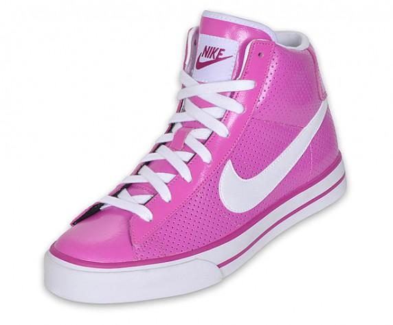 Nike WMNS SWEET CLASSIC HIGH DUNK...