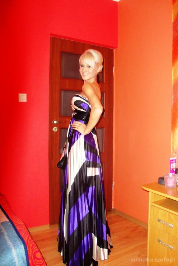 Na specjalne okazje piękna nowa suknia Francoise rozmiar S