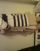 Sweter w paski marynarski