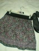 kolorowa spódniczka
