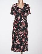Francuska czarna sukienka Roz 52