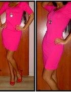 różowa sukienka bufki
