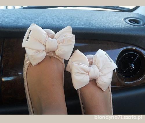 piękne baletki Prady