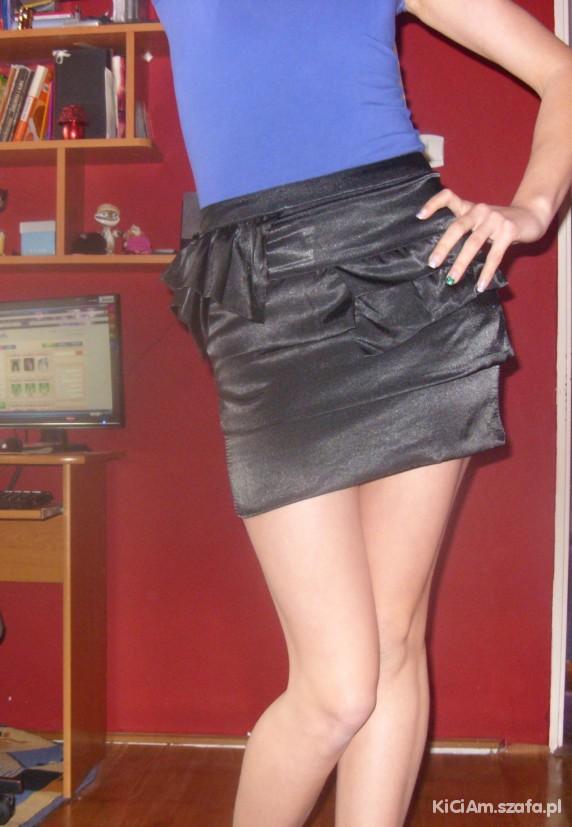 Eleganckie ze spódniczką