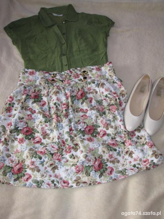 Mój styl spodnica w kwiaty i rozne bluzeczki