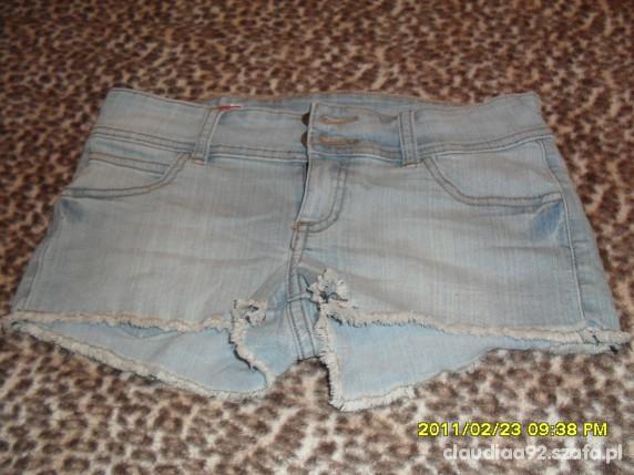 szorty jeans...