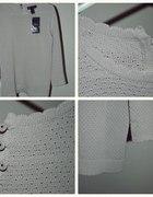 Przesłodki sweterek