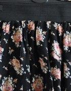 spódnica w róże...