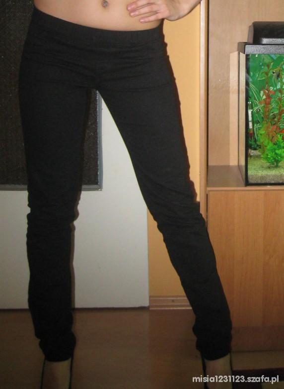 Spodnie Cropp nowe na gumkę rozmiar XS S w Spodnie Szafa.pl