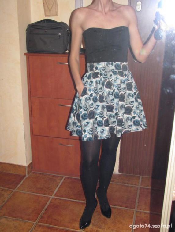 Imprezowe gorsety i spodnica