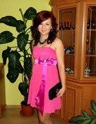 różowa sukienka z kokardą