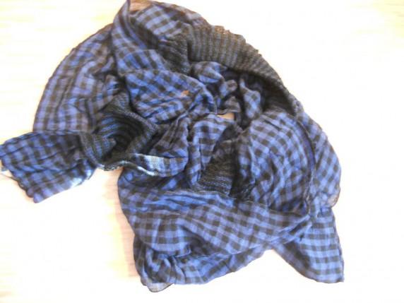 Chusty i apaszki Niebiesko czarna apaszka