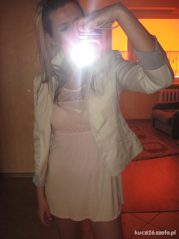 Romantyczne przerabianie tuniki na sukienkę