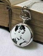 NASZYJNIK WISIOR ZEGAREK Audrey Hepburn styl RETRO