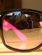 czarno różowe nerdy z boku zebra...