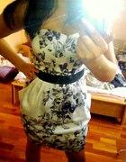 HM sukienka i szpilki...
