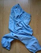 Jasno niebieski dres Lacoste...