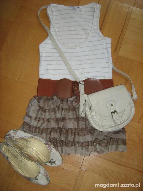 Mój styl spodniczka i dodatki