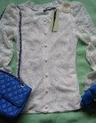 Koronkowo biało modrakowo