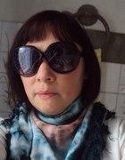 Duże brązowe okulary chusta cieniowana Tshirt biel...