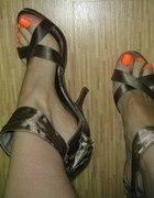 Przecudne sandałki na szpilce New Look...
