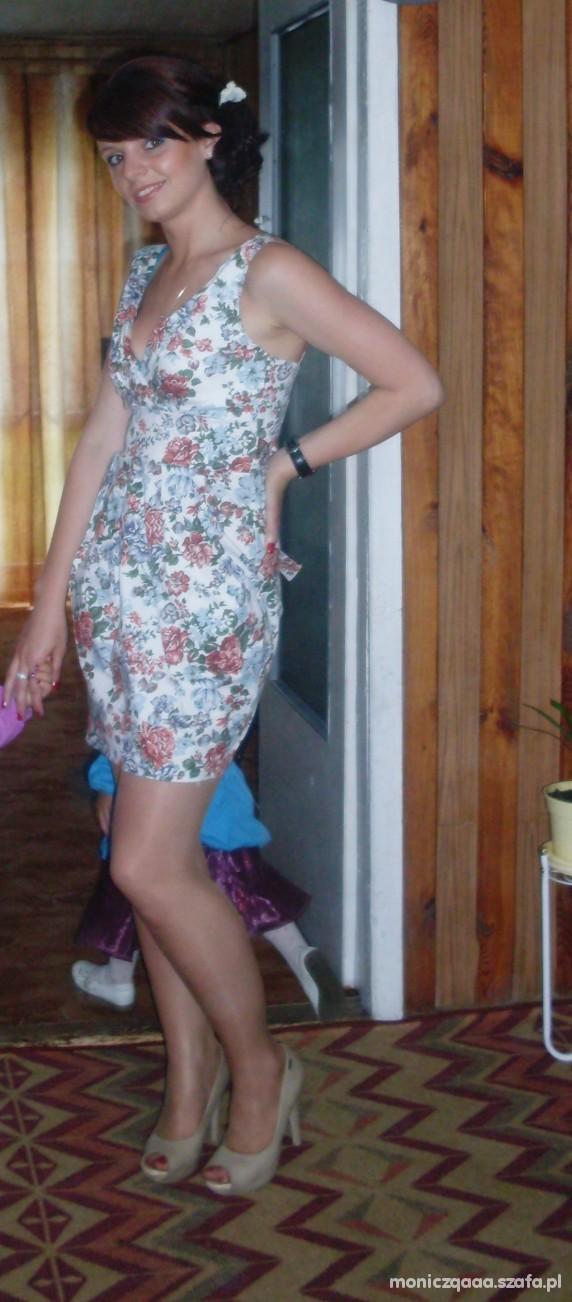 Eleganckie Sunienka w kwiaty