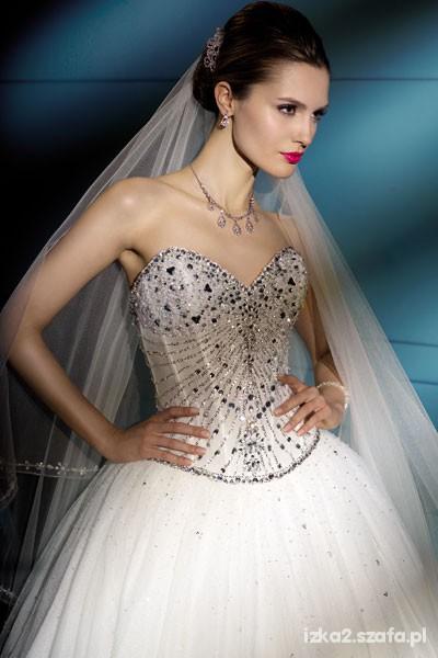 Ślubne suknie...
