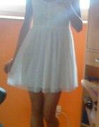 sukienka na lato tiulowa