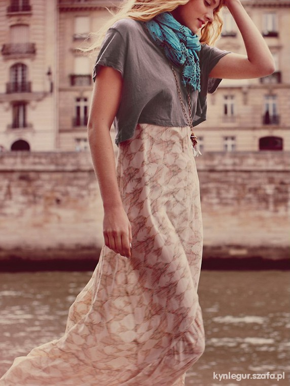Love Birds Maxi Dress...