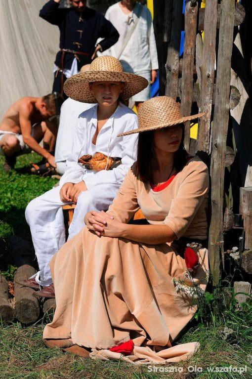 Vintage Średniowieczna suknia