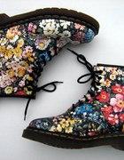 Martensy w kwiatki...