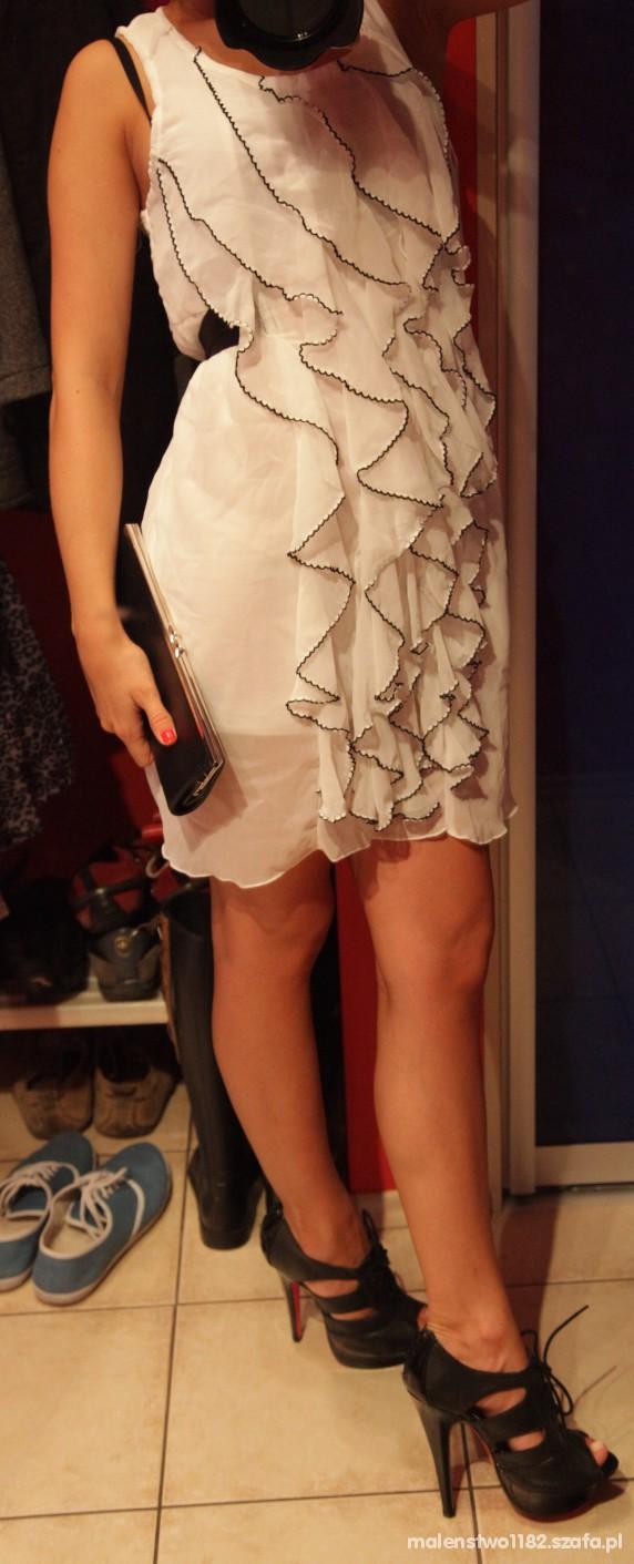 Wieczorowe Sukienka buty torebka czy to pasuje