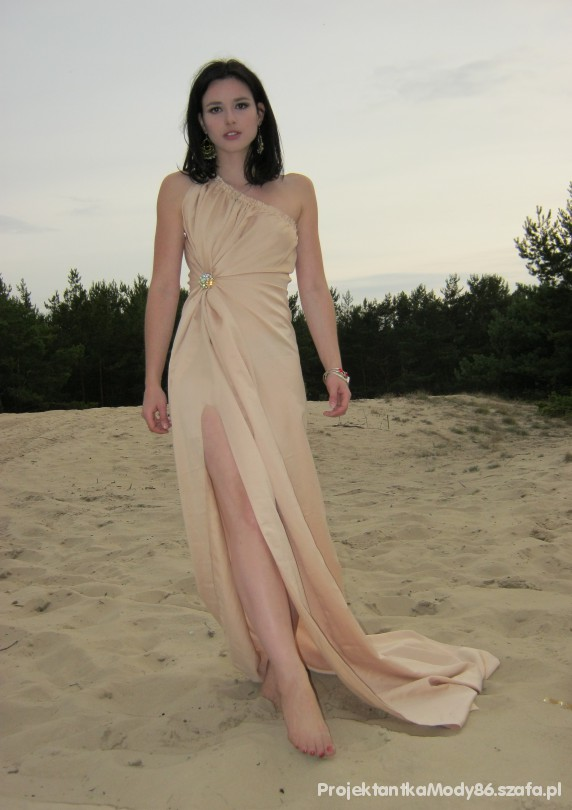Romantyczne Romantyczna suknia