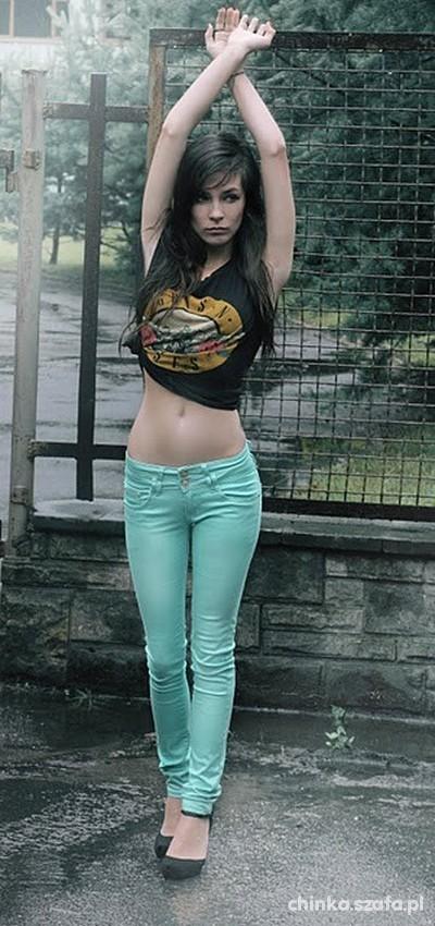 jasnoniebieskie miętowe spodnie legginsy