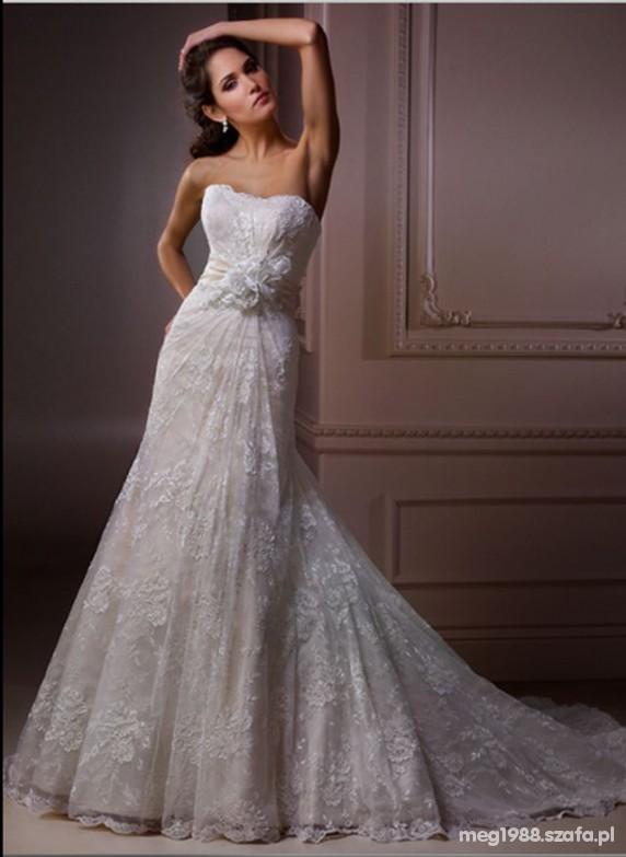Suknie ślubne Maggie Sottero model Embrace