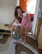 my z córeczką w sukienkach w kratkę