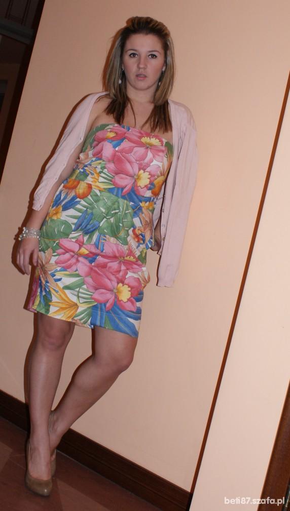 Mój styl sukienka w duze egzotyczne kwiaty
