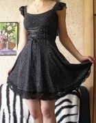 sukienka letnia czarna z koronkami...