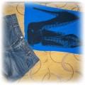 jeansowe spodenki i super bluzka dłuższa chabrowa