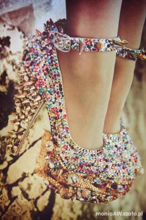 Na specjalne okazje śliczne sandałki