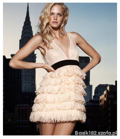 Pudrowa sukienka H&M...