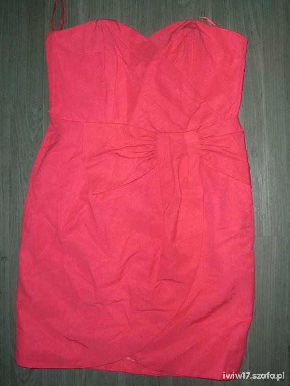malinowa sukienka tulipan kokarda