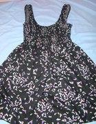 Sukienka w kolorowe ptaki HM