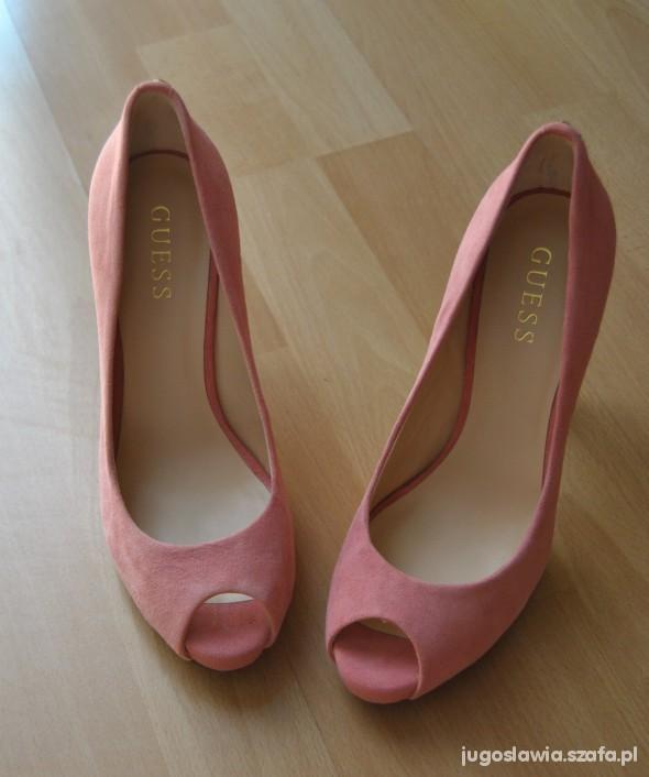 buty GUESS róż