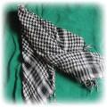 Arafatka kratka czarno biała