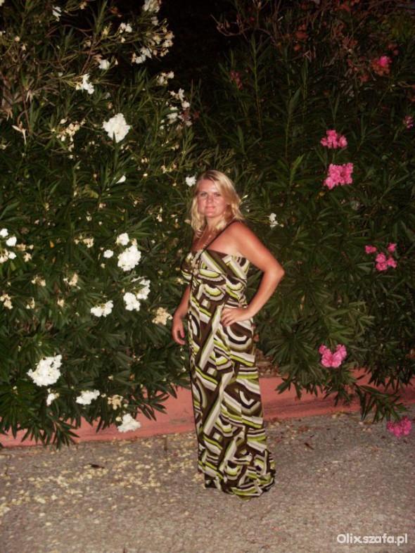 Romantyczne maxi dress na wieczór