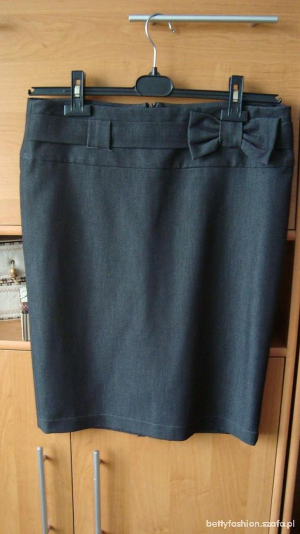 Ołówkowa spódnica z kokardą CENA Z WYSYŁKĄ
