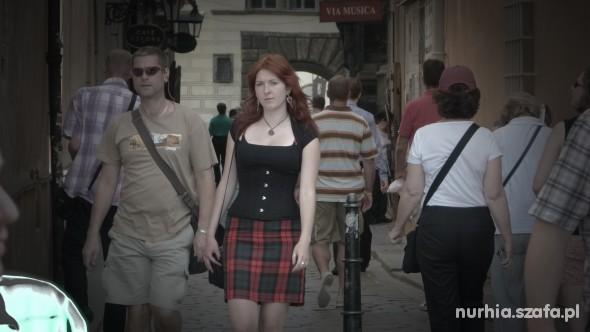 Goth Zwiedzając Pragę