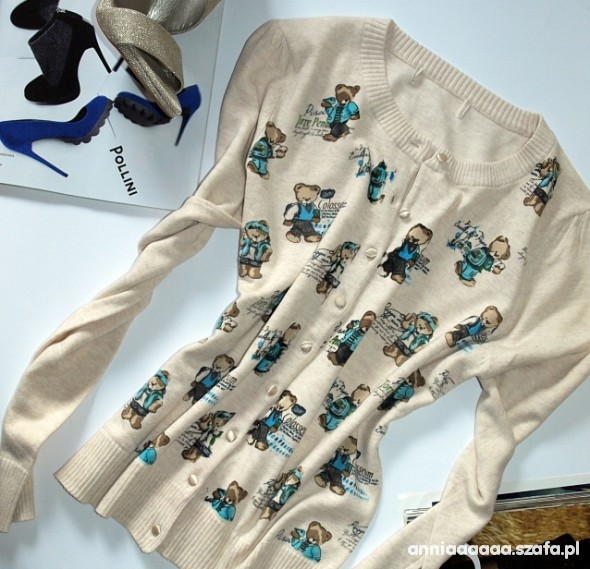 Misiowy sweterek