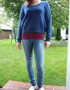 Granatowy sweterek z topem na codzień